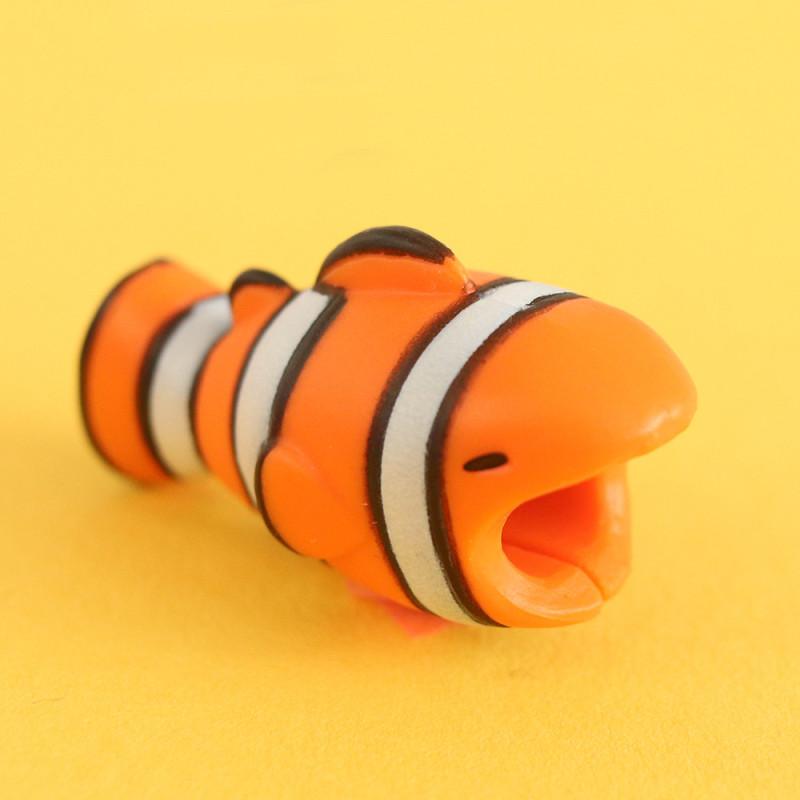 Protège cable poisson arc-en-ciel